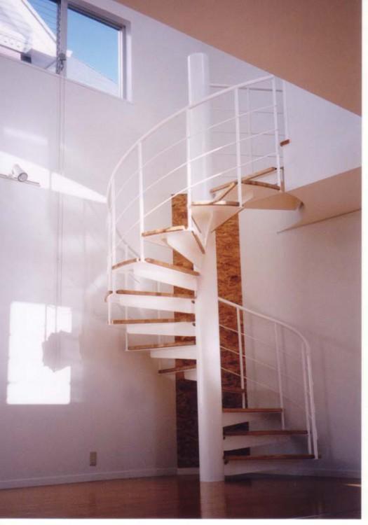 10らせん階段